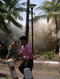 Foto Gempa Aceh 7,2 SR 9 Mei 2010